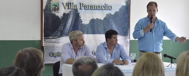 Bordet firmó el contrato para el inicio de la obra de defensa contra las inundaciones en Villa Paranacito