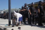 La UTT busca a la jubilada fotografiada en Plaza Constitución para donarle verduras