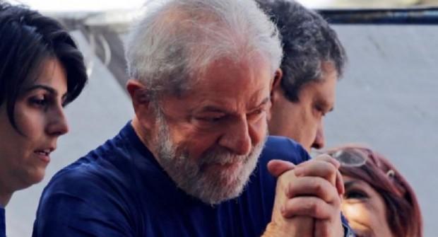 La Justicia brasileña benefició a Lula Da Silva y saldrá de prisión este año
