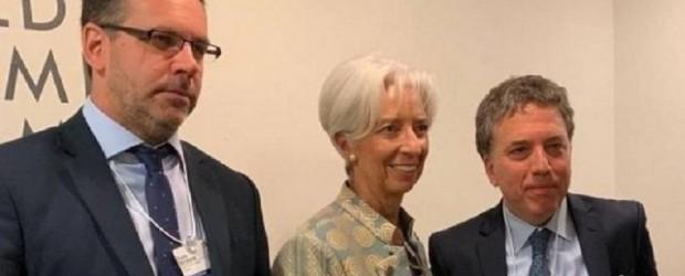 Dujovne viaja a reunirse con el FMI, que exige profundizar todavía más el ajuste