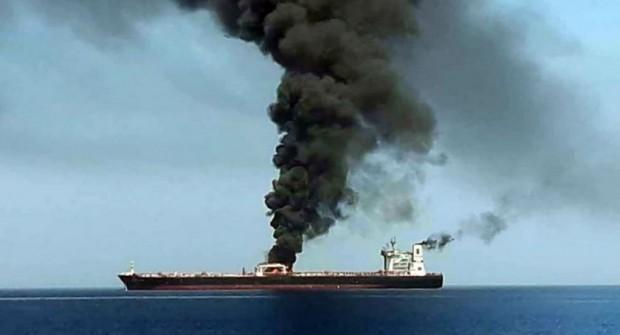 """Sube el precio del petróleo tras un """"incidente"""" con dos barcos en el Golfo de Omán"""