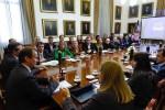 Bordet prepara una batería de proyectos para modernizar la administración pública