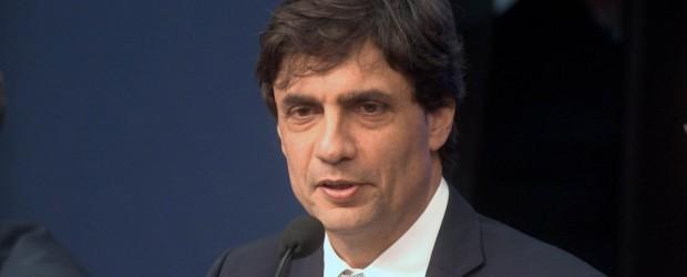 Lacunza le respondió a los gobernadores que cuestionan las medidas de Macri