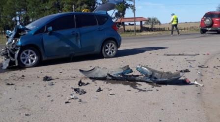 Accidente de tránsito en la ruta nacional 127 y acceso a Sauce de Luna