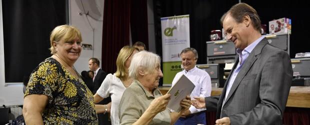 Bordet ratificó la continuidad de créditos a emprendedores con el apoyo de Nación a partir del nuevo gobierno
