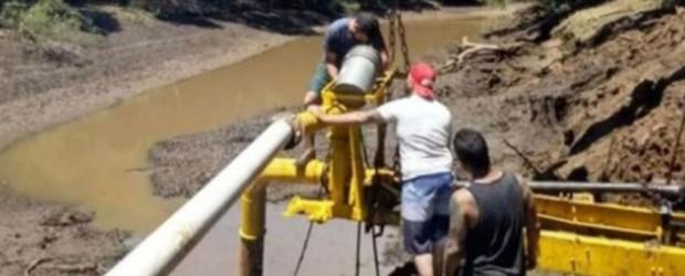 RASTRILLAJE: Vacían un afluente del río Uruguay para buscar los restos de un joven desaparecido